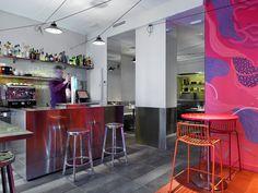 BocaCalle, espacio informal que fusiona la cocina tradicional con el streetfood en el barrio de Salesas.