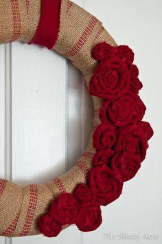 DIY Fabric Flower & Jute Webbing Wreath