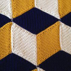 Ravelry: Potoupy's Vasarely Blanket