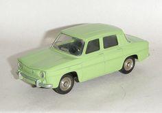 Dinky Toys France Renault 8 N°517