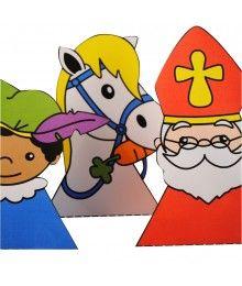 Sinterklaas traktatie doosjes in de vorm van Sint, Piet en Amerigo het paard.