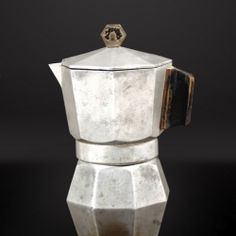 """design-is-fine: """"Alfonso Bialetti, Moka Express, original model. Model of More to see: design-republicca. Simply the best. Coffee Shops, Coffee Maker, Moka, Bauhaus, Cafe Express, Bialetti, Italy Coffee, Coffee Geek, Tea Cocktails"""