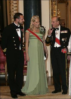 Crown Princess Mette-Marit wore this tiara for the first dinner during the Norwegian Official Visit to England on October 25, 2005.