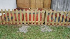 Build Your Own Cheap Garden Fence - DIY by MJ