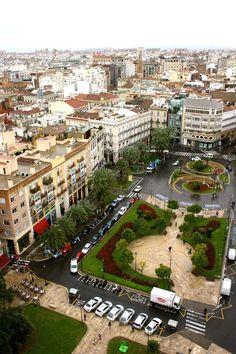 La Plaza de la Reina, vista desde lo alto del Miguelete..  Valencia - España..