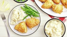 Nothing beats crispy, savory southern-fried chicken—especially when it has less fat than the deep-fried version. Try this Air Fryer Southern-Fried Chicken recipe for a fresh take on tradition. Air Fryer Dinner Recipes, Air Fryer Recipes Easy, New Recipes, Cooking Recipes, Air Frier Recipes, Fries In The Oven, Slow Cooker Beef, Fried Chicken, Chicken
