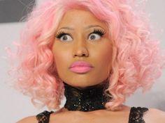 Nicki-Minaj-pink-wig-hair-400x300.jpg (400×300)