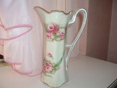 Vase /  pitcher with hand painted roses door MyVintageRoseShop