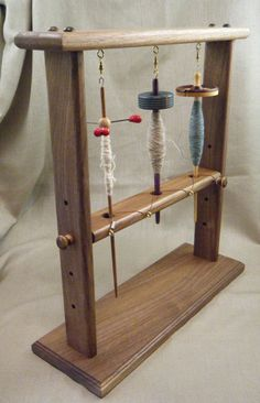 Spindle Lazy Kate for drop or supported spindles