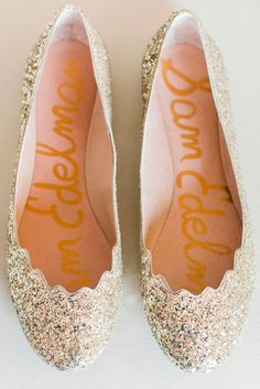 18 Ways to Wear Wedding Flats and Thus Feel Comfortable Opt for these cute wedding flats for your big day. Not only you will feel comfortable, but your feet will live through the whole night of the party. http://glaminati.com/wedding-flats/