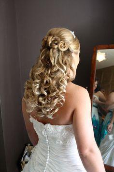 Wedding hair down by www.ameliagarwood.com