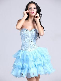 I dont really do the strapless but this is super cute !