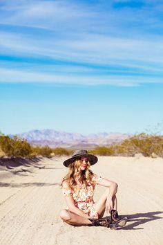 Joshua Tree Park by irynakril on Free People Homecoming Group Pictures, Girl Senior Pictures, Maternity Pictures, Cali, You Make Beautiful Things, Big Family Photos, Spiritual Photos, Senior Photography, Desert Photography