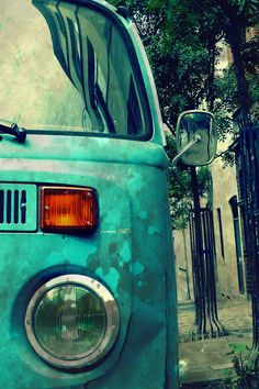 I really want one like this! One day. One day I will have it. #volkswagen #blue