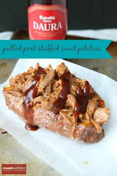 Pulled Pork Stuffed Sweet Potatoes- an easy summer meal made in the slow cooker! Slow Cooker Recipes, Crockpot Recipes, Healthy Recipes, Meal Recipes, Healthy Dinners, Drink Recipes, Delicious Recipes, Dinner Recipes, Good Food