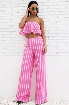 Joanna Pink Jumpsuit Set sold by somethingshelikes. Shop more products from somethingshelikes on Storenvy, the home of independent small businesses all over the world. Fashion Pants, Fashion Outfits, Fashion Trends, Women's Fashion, Woman Outfits, Fasion, Fashion Clothes, Street Fashion, Fashion Ideas