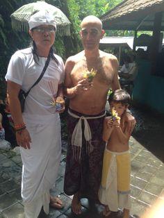Jero Buddha with Chicco & Luca Tatriele in Sebatu for Melukat