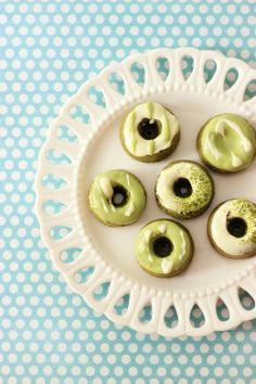 Mini green tea donut cakes | Amy's Food Adventures