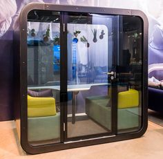 Have you already found an island of peace and quiet in your office? Framery Q is a soundproof island in the middle of an activity-based office - a place where you can be on your own, chat with a colleague in peace and quiet or be in contact with the outside world without any disturbances.