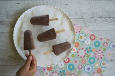 My kids love to make ice blocks in the summer & I love that they are enjoying a 'healthy' and nourishing treat. This Chocolate Fudge Ice block is a winner.