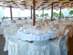 Weddings in Algarve - At Algarve you will find a large variety of dream wedding locations. romantic places to get married! Places To Get Married, Got Married, Getting Married, 2016 Wedding Trends, Romantic Places, Algarve, Wedding Locations, Portugal, Dream Wedding