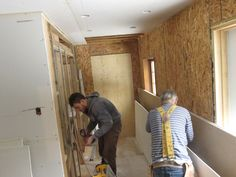 HOME IMPROVEMENT Q&A: Vertical or Horizontal for Basement Drywall?