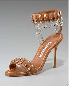 Chains and Bullets from Manolo