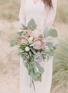 Rustic Beach Nomad Bridal Inspiration | Wedding Sparrow | Rebecca Lindon Photography