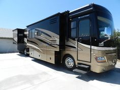 2008 Fleetwood Discovery 40X for sale  - Desert Hot Springs, CA | RVT.com Classifieds
