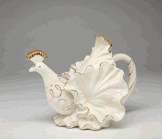 White Porcelain Peacock Tea Pot