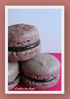 Macaron chocolat noisette