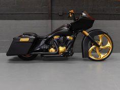 2013 Road Glide Custom | Harley Davidson Motorcycles | Harley Davidson Motorcycle #Cars-Motorcycles #harleydavidsonbaggercustom