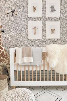 New ideas for kids room ideas unisex cribs Baby Room Design, Nursery Design, Baby Room Decor, Nursery Room, Girl Nursery, Nursery Decor, Animal Theme Nursery, Safari Nursery Themes, Animal Print Decor