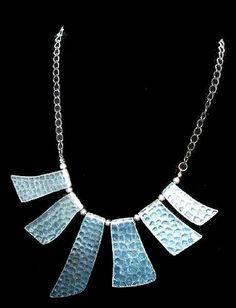 Metal Necklaces, Metal Jewelry, Vintage Necklaces, Jewelry Necklaces, Antique Necklace, Antique Jewelry, Vintage Jewelry, Vintage Costume Jewelry, Vintage Costumes