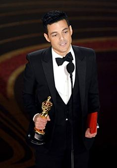 Rami Malek Photos - Rami Malek accepts the Actor in a Leading Role award for 'Bohemian Rhapsody' onstage during the Annual Academy Awards at Dolby Theatre on February 2019 in Hollywood, California. - Annual Academy Awards - Show Academy Award Winners, Oscar Winners, Academy Awards, Freddie Mercury, Jimmy Chin, Egyptian Movies, Rami Malek, Royal Albert Hall, Historia