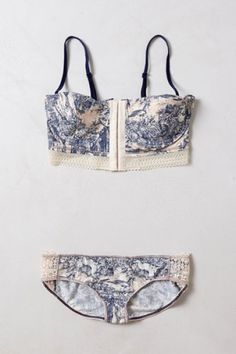 """ woodlands reverie matching lingerie set by anthropologie "" pretty sure I've pinned before but w/e Sexy Lingerie, Lingerie Design, Lingerie Plus Size, Jolie Lingerie, Pretty Lingerie, Wedding Lingerie, Beautiful Lingerie, Vintage Lingerie, Lingerie Dress"