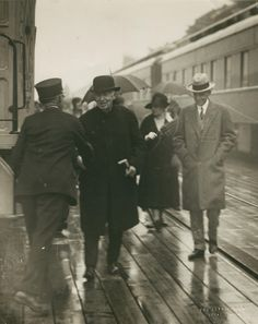 On April auto pioneer Henry Ford dies at the age of Here he is with Thomas Edison in Today In History, Local History, World History, Ypsilanti Michigan, Pop Culture Trivia, Detroit History, Long Pictures, 1920s Photos, New Times