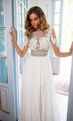 Milla Nova Madonna wedding dress currently for sale at off retail. Summer Wedding Gowns, Slit Wedding Dress, Couture Wedding Gowns, Stunning Wedding Dresses, Wedding Dresses 2018, Perfect Wedding Dress, Bridal Dresses, Madonna, Crochet Beach Dress