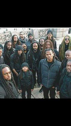 Brotherhood Medieval Hairstyles, Dreadlock Hairstyles, Boy Hairstyles, African Hairstyles, Black Is Beautiful, Gorgeous Men, Rastafarian Culture, Loc Styles For Men, Locs