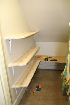 DIY My New Closet DIY Furniture - my under-the-stairs closet is exactly like thi. Stair Shelves, Closet Shelves, Stair Storage, Closet Storage, Storage Shelves, Storage Ideas, Corner Storage, Understairs Closet, Shelves Under Stairs
