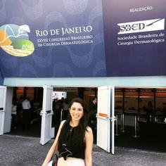 A dermatologista Dra. Tainah de Almeida aterrissou na cidade maravilhosa  para o XXVIII Congresso Brasileiro de Cirurgia Dermatológica organizado pela SBCD nesta manhã. Esse é um evento muito importante para que os profissionais de dermatologia conheçam e discutam sobre todas as novidades da área.