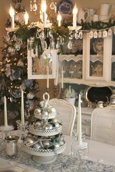 My Romantic Home: White Christmas Dining Room