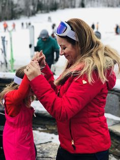 How to rent ski gear for you entire family. Save money when skiing by renting ski gear. MomTrends.com #familyski #ski #familytravel #travel