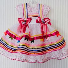 This Pin was discovered by Cri Fashion Moda, Girl Fashion, Womens Fashion, Toddler Outfits, Girl Outfits, Baby Frocks Designs, Frock Design, Baby Dress, American Girl