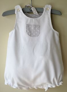 Resultado de imagen para blusitas para niñas Girls Summer Outfits, Toddler Girl Outfits, Kids Outfits, Baby Clothes Patterns, Sewing Patterns For Kids, Sweet Dreams Baby, Baby Boy Dress, Baby Sewing, Kids Wear