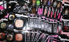 Dollar Tree Fergie by Wet N Wild makeup haul for you today! Many of the Wet N Wild Fergie products that hit the Dollar Tree in the last couple of weeks, alon. Dollar Tree Makeup, Dollar Tree Haul, Makeup Haul, Beauty Makeup, Velvet Matte, Wet N Wild, Gift Sets, Nail Polish Colors, Dollar Stores