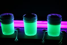 How to Make Glow in the Dark JELL-O A child's experiment for an adult purpose. Halloween Jell-O shot anyone??