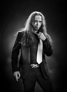 Music Tv, Good Music, Symphonic Metal, Guy Pictures, Metal Bands, Heavy Metal, Actors & Actresses, Goth, Singer