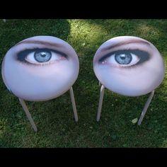 de rode stoel : Fit to sit , Eyes