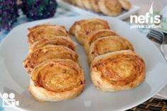 Çatı Böreği Tarifi nasıl yapılır? 4.673 kişinin defterindeki Çatı Böreği Tarifi'nin resimli anlatımı ve deneyenlerin fotoğrafları burada. Yazar: hamide aygan Freezer Meals, Baked Potato, Tiramisu, Muffin, Brunch, Food And Drink, Baking, Breakfast, Ethnic Recipes